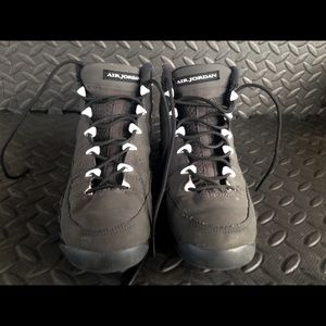 Jordan Shoes Air Retro 9 Anthracite Grade School 65 Y Poshmark